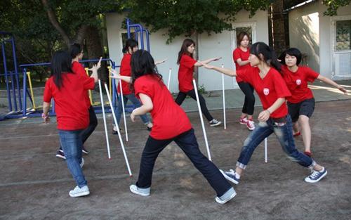 拓展训练有感 2011级7班 房硕鑫