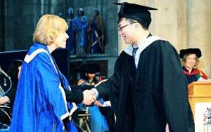 北二外雷火电竞平台登录3+2本硕连读历年毕业照