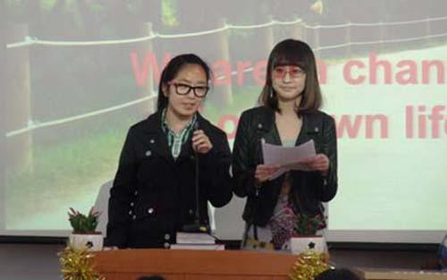 2010级英语演讲比赛圆满结束