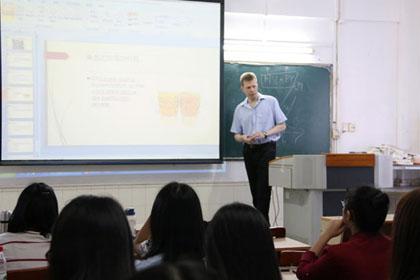 引进国外大学优质课程