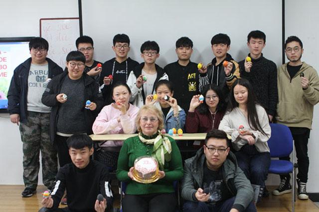俄语区本科ope体育网站项目打造文化体验课堂